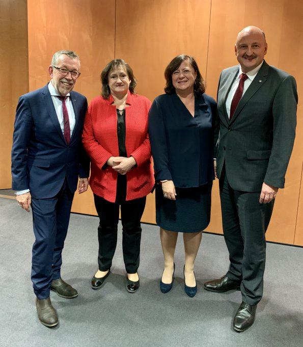 Der neue Landesgruppenvorstand (v.l.n.r. Karl-Heinz Brunner, Marianne Schieder, Dr. Bärbel Kofler, Bernd Rützel)